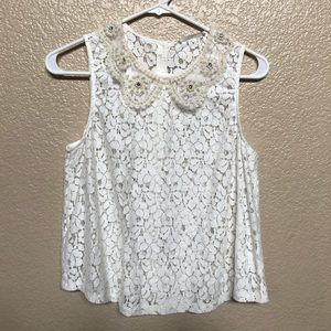 Lace top with collar embellishment